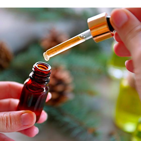 Les-bienfaits-des-huiles-naturelles-1-560x560