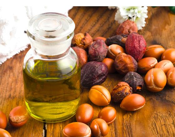 Les-bienfaits-des-huiles-naturelles-2-560x440