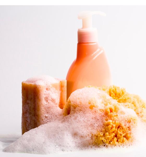 Savon-huile-ou-gel-douche-1-560x600